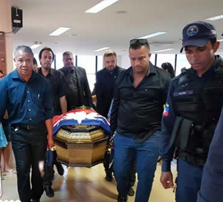 O corpo de Mardônio Carvalho foi velado na Câmara Municipal de LEM - Foto: Wesley Santos l Blog Sigivilares