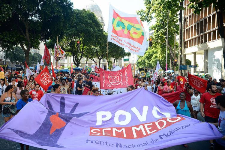 A Frente Povo Sem Medo é composta por militantes do Psol e PSTU e parte do PT, que nem sempre é bem visto - Foto: Tomaz Silva l Agência Brasil l 21.05.2017