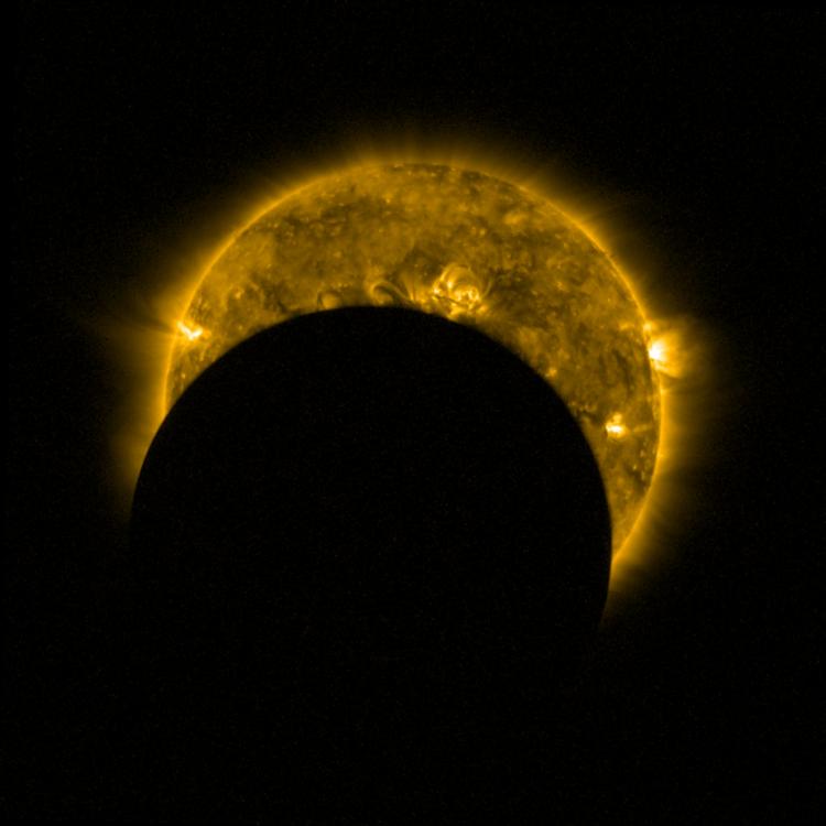 O bloqueio máximo do sol por aqui deve ser de 12,6% - Foto: ESA   Royal Observatory of Belgium   Fotos Públicas