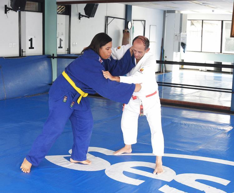 Jailane treina com o sensei Jorge Sobreira - Foto: Luciano da Matta l Ag. A TARDE