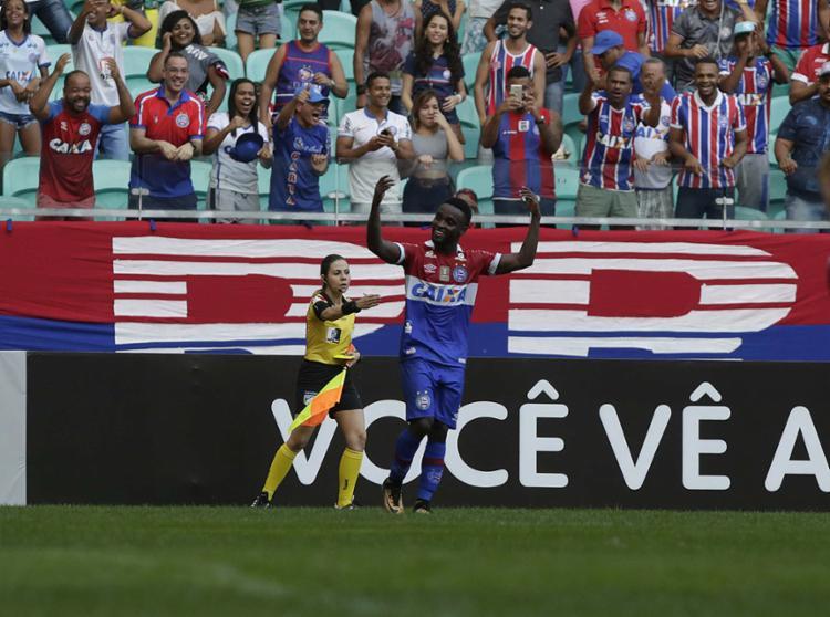 Com quatro gols, Mendoza divide artilharia do time com Rodrigão - Foto: Adilton Venegeroles l Ag. A TARDE