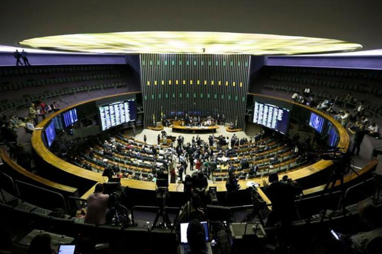 Oposição tentou atrapalhar votação, mas Câmara alcançou o quórum mínimo - Foto: Marcelo Camargo | Agência Brasil