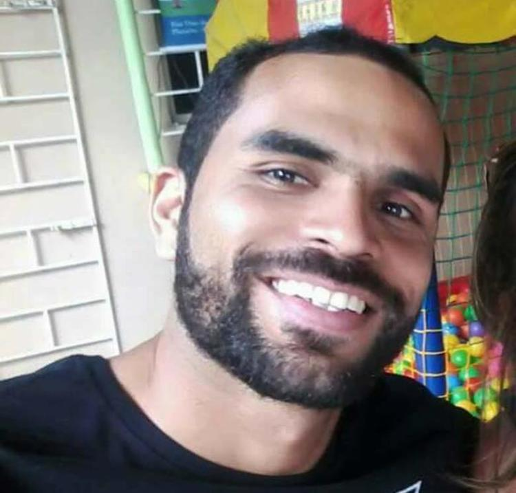 Rafael Nunes Maciel, 30 anos, teria dito à irmã que estava em um ônibus - Foto: Reprodução