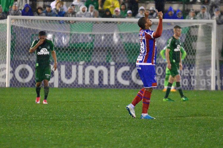 Rodrigão celebra seu 4º gol em quatro jogos com a camisa do Bahia - Foto: Tarla Wolski l Futura Press l Estadão Conteúdo