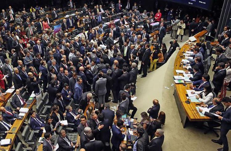 Para ter validade em 2018, regra precisa ser aprovada pela Câmara e pelo Senado - Foto: Wilson Dias l Agência Brasil