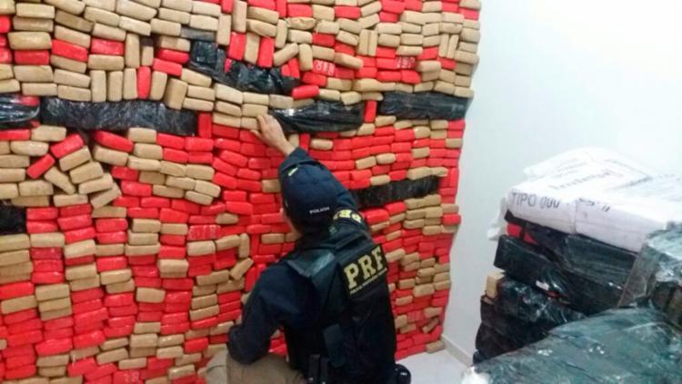 A Polícia Rodoviária recebeu alerta de que carga ilegal passaria pela Bahia - Foto: Divulgação | PRF
