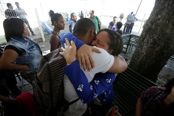 Naufrágio na Baía de Todos os Santos tem ao menos três mortos