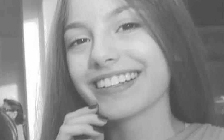 A vítima, identificada como Tamires Paula, era vizinha de prédio e também estudava na mesma escola do adolescente - Foto: Reprodução