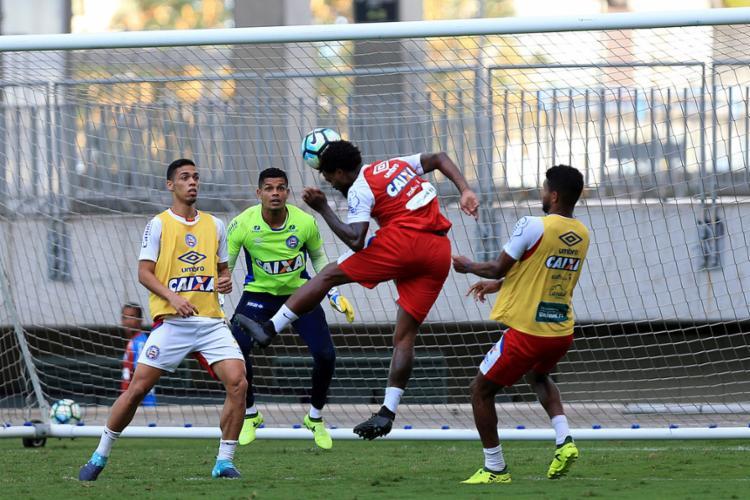 Jogadores do Tricolor durante atividade em campo - Foto: Felipe Oliveira | EC Bahia