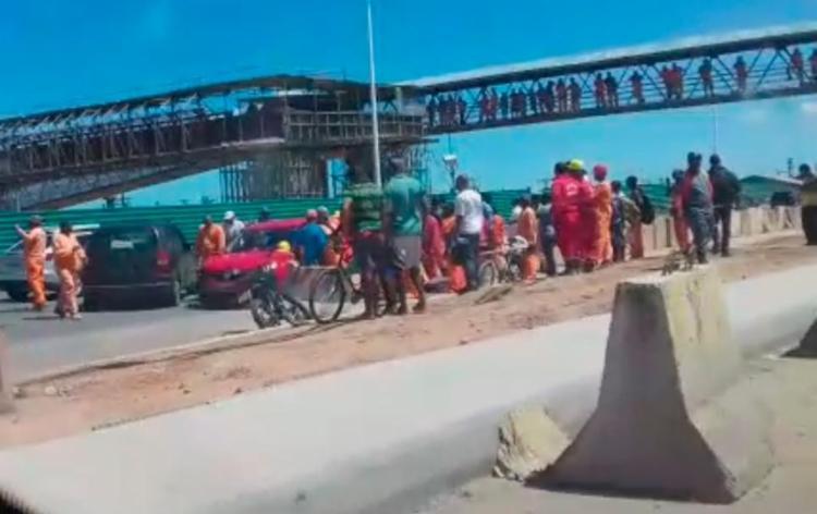 Acidente aconteceu na altura da Estação Mussurunga, sentido Centro - Foto: Reprodução