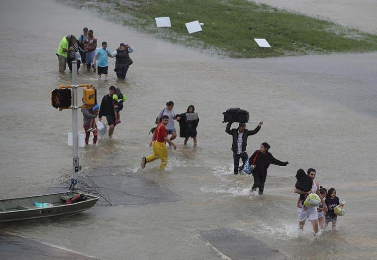 Cerca de 30 mil pessoas poderão ficar desabrigadas - Foto: Joe Raedle | Getty Images North America | AFP