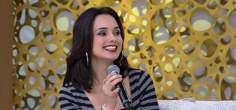 Laíne Souza era conhecida como Julia Paes - Foto: Reprodução | Rede TV