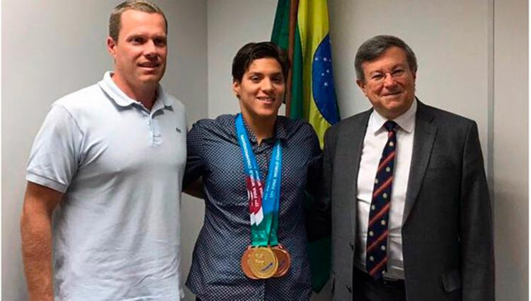 A baiana foi recebida pelo cônsul brasileiro, o ministro Carlos Alberto Asforo - Foto: Divulgação | CBDa