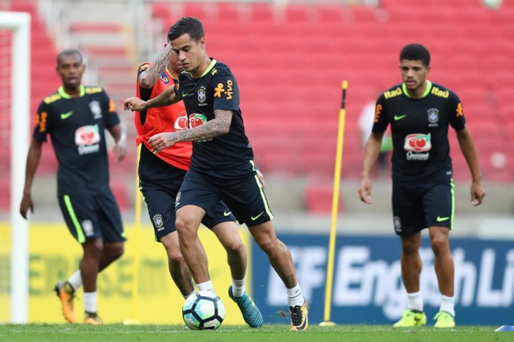 Se recuperando das dores, Coutinho deve ser reserva contra o Equador - Foto: Lucas Figueiredo | CBF