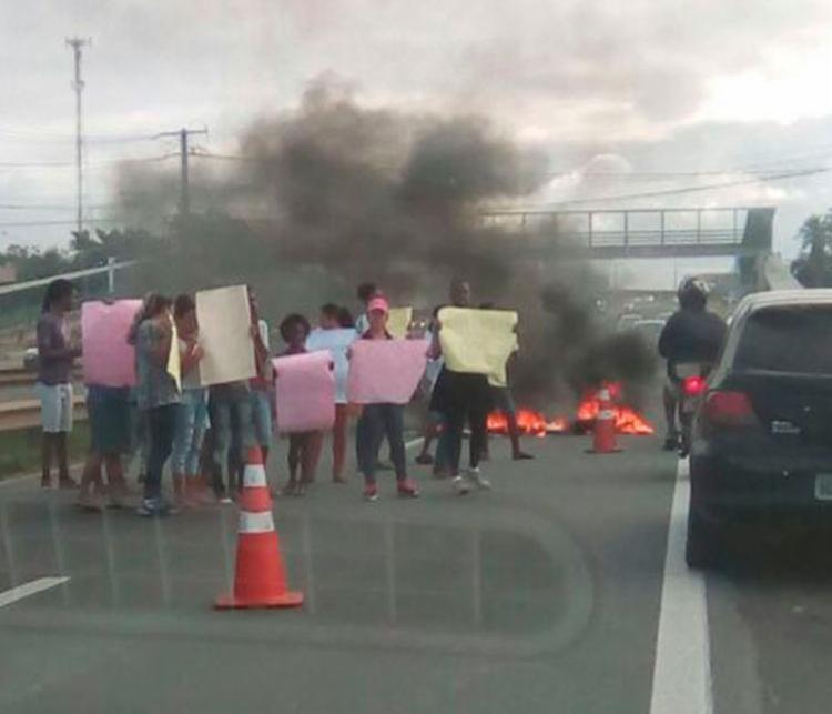 Por conta da manifestação, o trânsito está complicado no local - Foto: Cidadão Repórter | Via WhatsApp