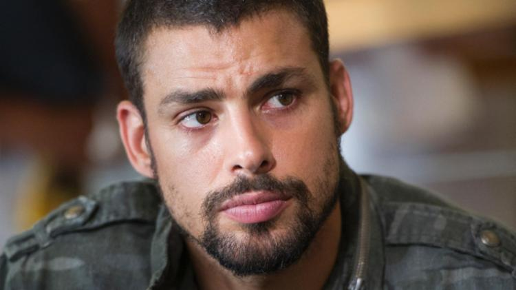 Rebolado de Cauã Reymond é reprovado e ator pode deixar novela