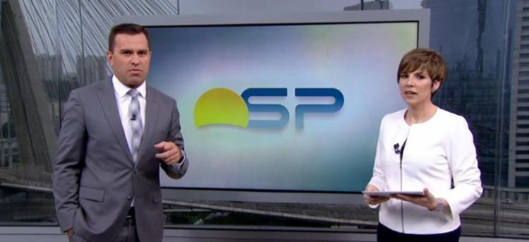 O jornalista interrompeu a colega para pedir desculpas ao vivo - Foto: Reprodução   TV Globo