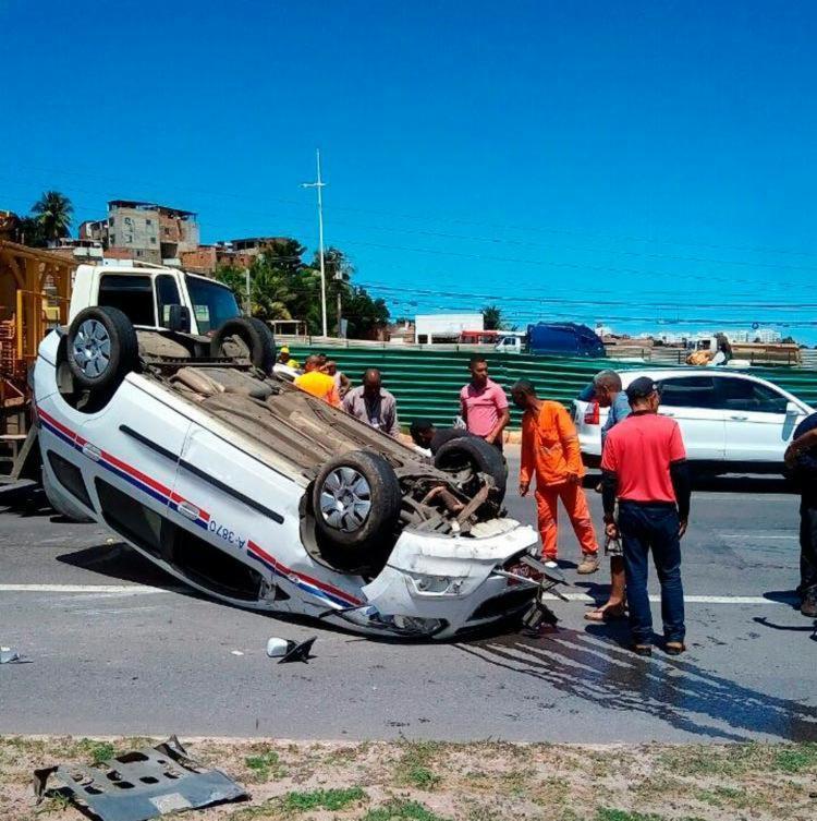 O acidente aconteceu por volta das 12h - Foto: Wendel Marques   Cidadão Repórter