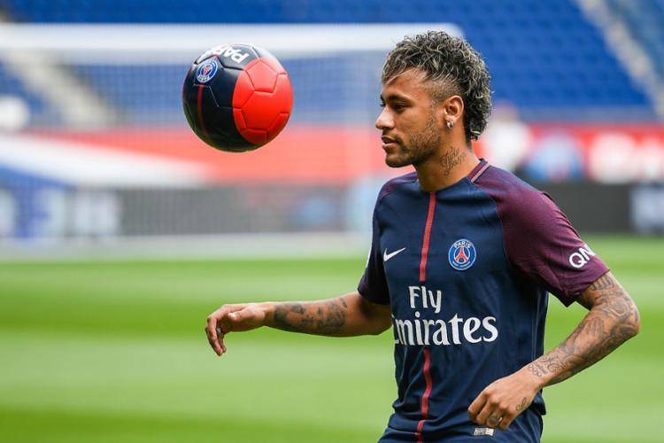 Catar pediu que o PSG não economizasse na propaganda envolvendo Neymar - Foto: Lionel Bonaventure | AFP