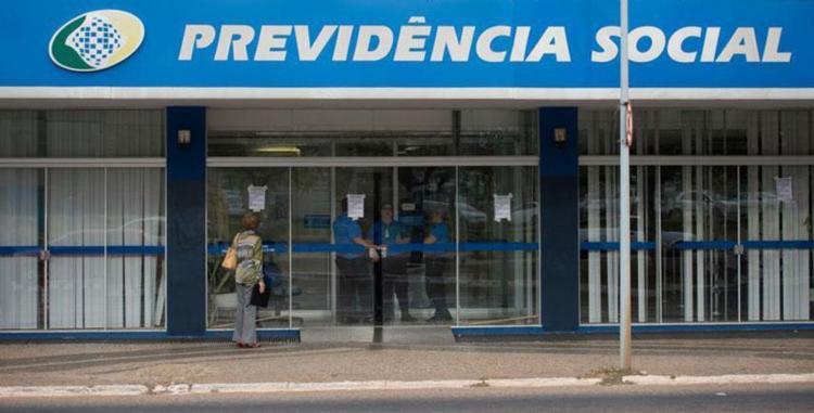 Quem não marcar perícia até sábado terá o benefício suspenso - Foto: Marcelo Camargo   Agência Brasil