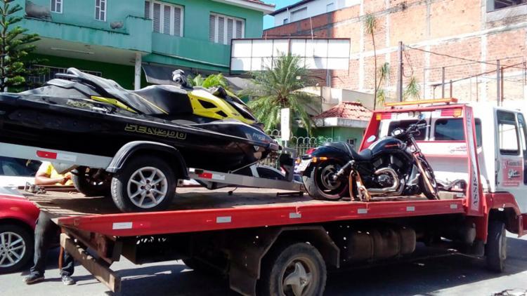 Na ação, bens como moto aquática e uma Harley Davidson foram apreendidos - Foto: Divulgação   Polícia Civil