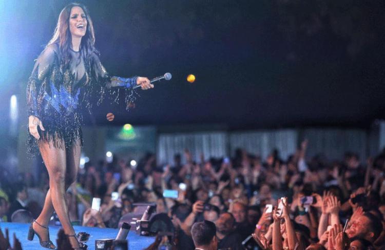 Ivete não quis parar o show após se machucar - Foto: Bruno Soares | Divulgação