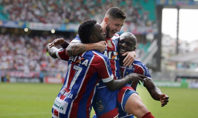 Com o resultado, o Tricolor ainda acaba com um jejum de dois meses sem uma vitória - Foto: Raul Spinassé | Ag. A TARDE