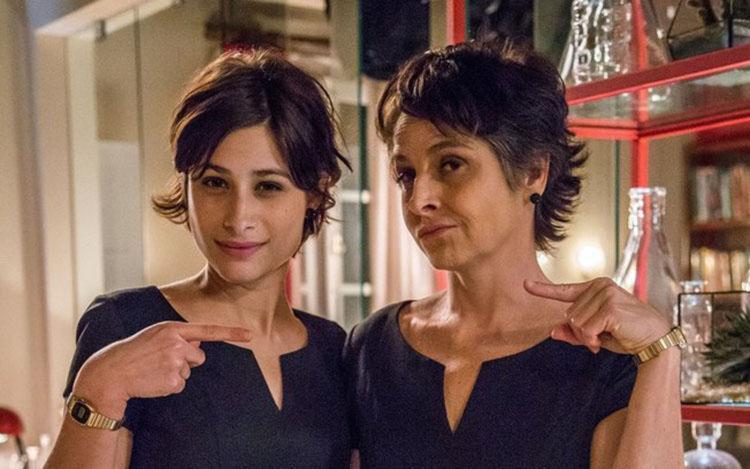 Na ficção, a atriz passou pela experiência de rejuvenescer 30 anos - Foto: Reprodução | TV Globo