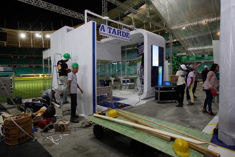 Stand onde funciona a redação de A TARDE - Foto: Mila Cordeiro l Ag. A TARDE
