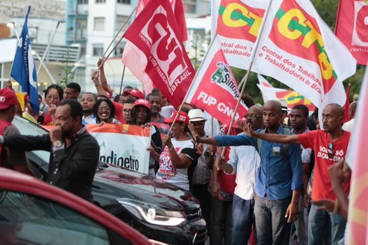 A possibilidade da manutenção do tributo via MP não é apoiada por todas as centrais sindicais - Foto: Joá Souza | Ag. A TARDE | 12.07.2017