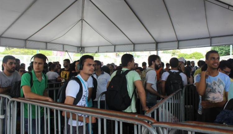Os campuseiros ja estão chegando para ocupar cerca de 3.500 barracas instaladas - Foto: Igor Andrade   Ag. A TARDE