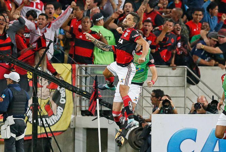 Flamengo e Cruzeiro avançam à decisão da Copa do Brasil