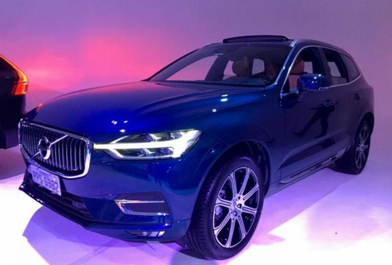 Volvo lança nova geração do XC60