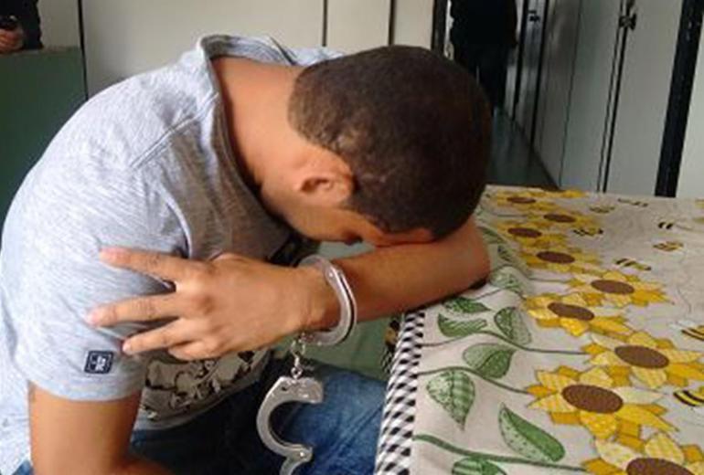 Padrasto confessa que matou enteado com um disparo acidental