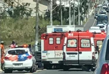 Idosa morre em acidente no bairro de Stella Maris; uma criança e um homem ficam feridos