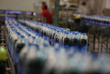 Indústria sugere menos açúcar em refrigerantes