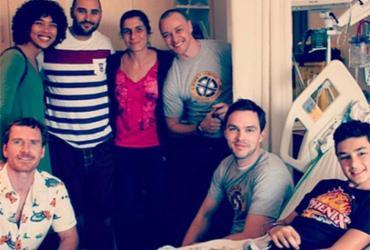 Atores de 'X-Men' visitam hospital infantil no Canadá