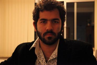 Em Corpo Elétrico, Marcelo Caetano aborda com propriedade o impacto das relações trabalhistas
