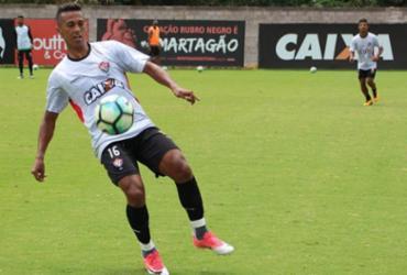 Vitória aproveita feriado para treinar finalizações na Toca do Leão