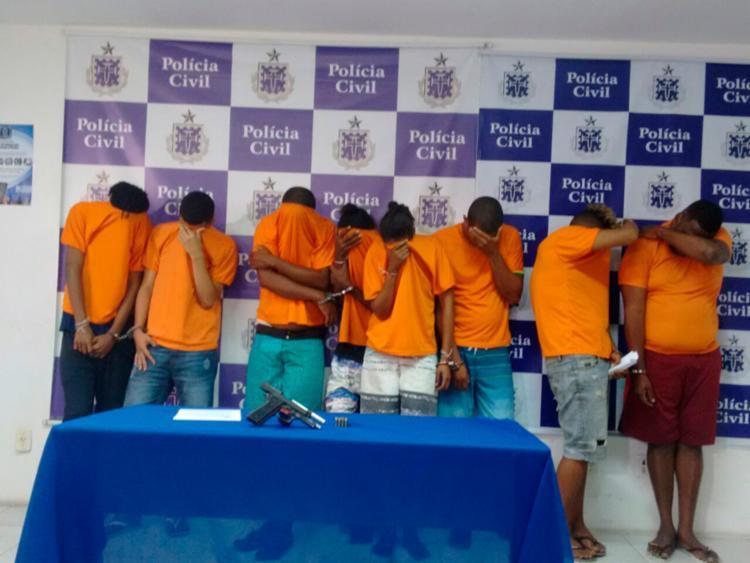 Integrantes da quadrilha foram apresentados nesta sexta-feira, 1º, na sede do DHPP, na Pituba - Foto: Andrezza Moura   Ag. A TARDE