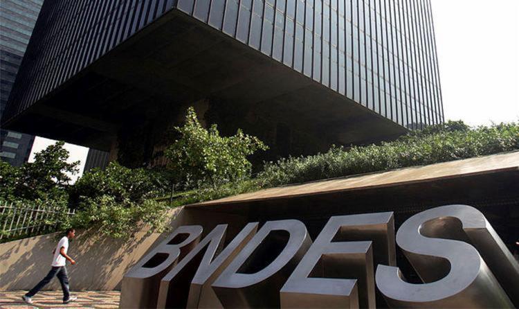 BNDES aponta queda de 60% dos desembolsos do seu cartão este ano - Foto: Paulo Vitor | Estadão Conteúdo