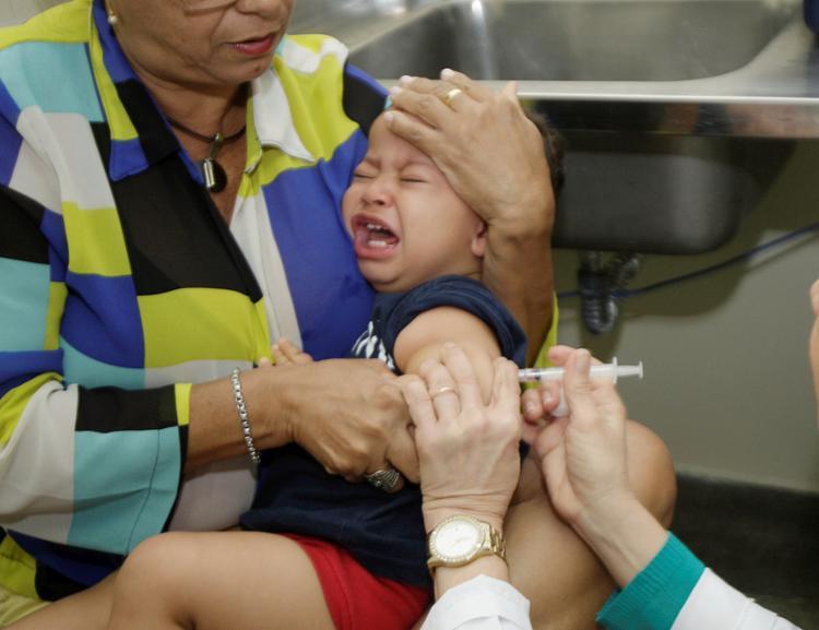 Pequeno Bento, 1 ano e 3 meses, tomou várias vacinas - Foto: Luciano da Matta l Ag. A TARDE