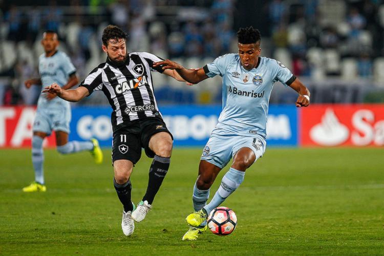 Equilíbrio deu o tom no jogo no Nilton Santos, em Bota e Grêmio - Foto: Lucas Uebel l Grêmio FBPA l Divulgação
