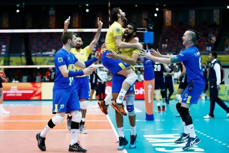 Seleção Brasileira luta por o quinto título da Copa dos Campeões - Foto: Divulgação   FIVB
