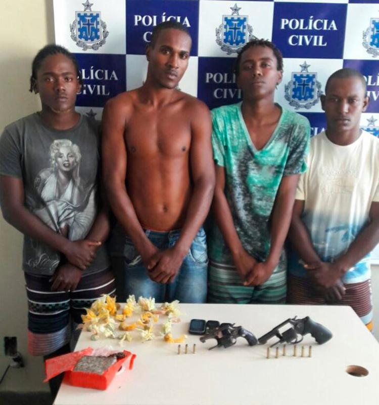Polícia apreendeu arma e droga com presos - Foto: Divulgação | Polícia Civil