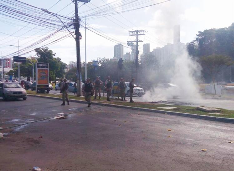 Manifestantes bloquearam vias na localidade - Foto: Divulgação SSP