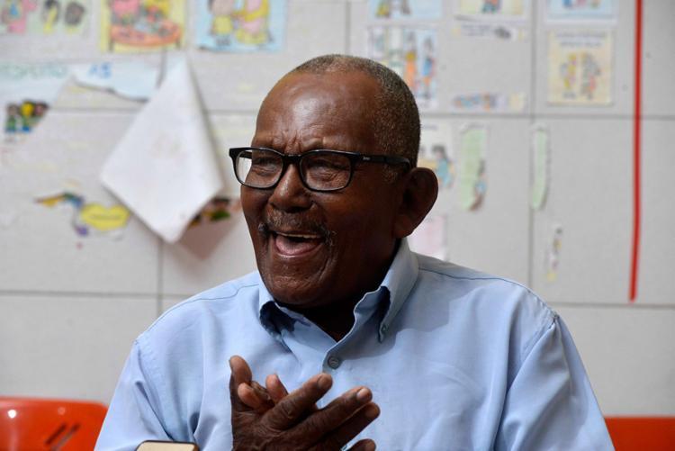Lourival ingressou na escola pela primeira vez aos 92 anos - Foto: Divulgação | Secom