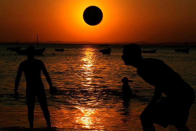 Este é o sexto ano consecutivo que a Bahia não adere ao horário de verão - Foto: Lúcio Távora   Ag. A Tarde   03.10.2011