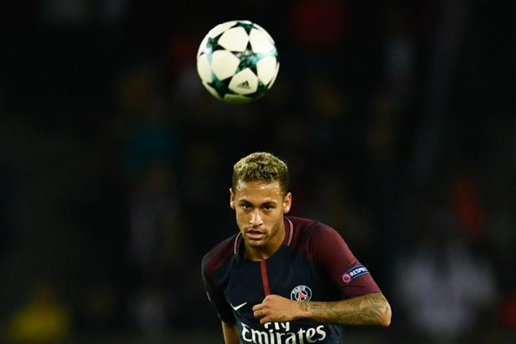 Neymar afirmou que tem bom relacionamento com o uruguaio - Foto: Christophe Simon | AFP