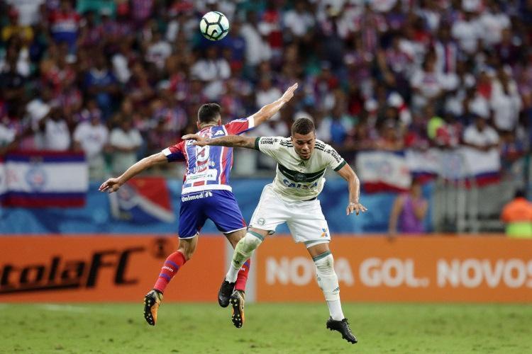 Bahia cedeu empate ao Coxa na Fonte Nova - Foto: Raul Spinassé